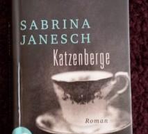 Franzis Leseecke: Katzenberge