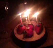 Kuchen, Kerzen, Vorfreude