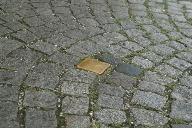 Einer der 310 Stolpersteine in Salzburg
