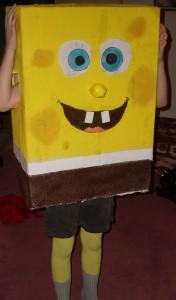 Ein selbstgebastelter Spongebob gehört zu den ausgefalleneren Kostümen. (Foto: Tobias Matthaeus / www.jugendfotos.de)