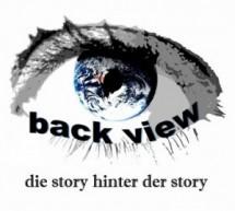 Durch die Welt mit back view